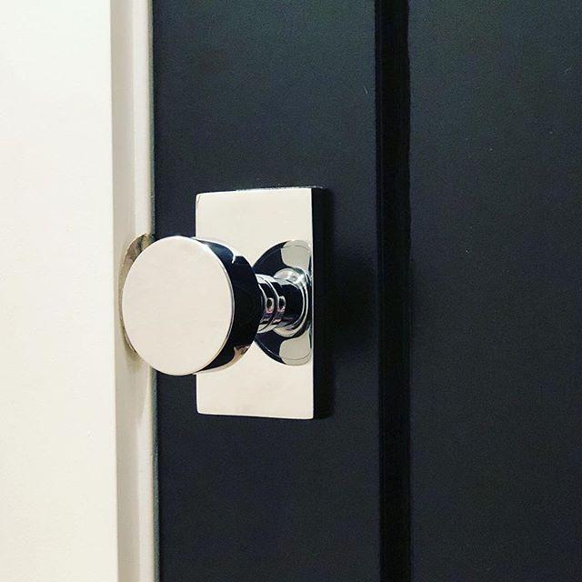 chrome door knob